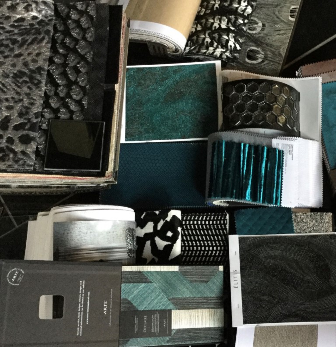 Services - Designer Fabrics and Wall Coverings